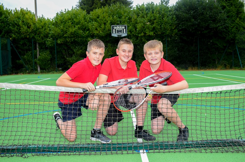 Doncaster School for the Deaf - Pupils on the tennis court
